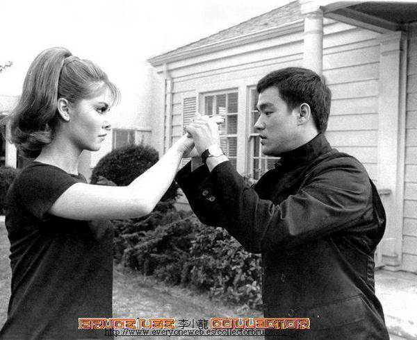 Bruce Lee (11)