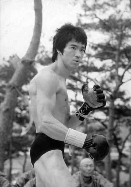 Bruce Lee (22)