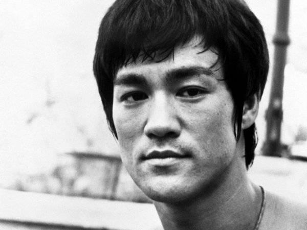 Bruce Lee (25)