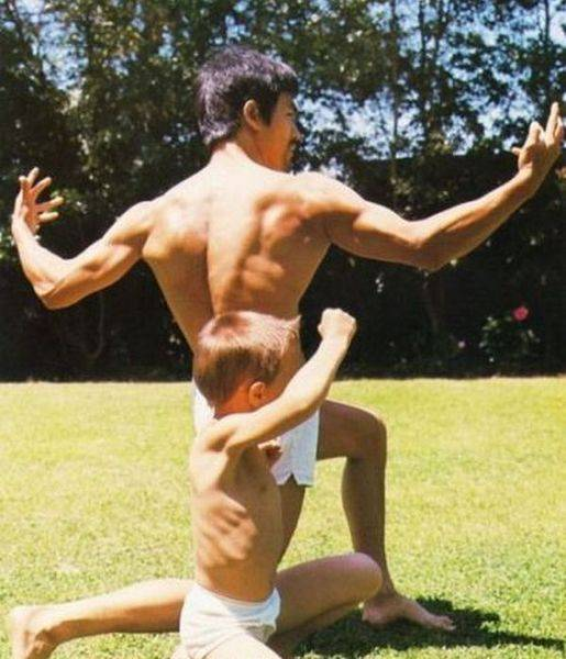 Bruce Lee (4)