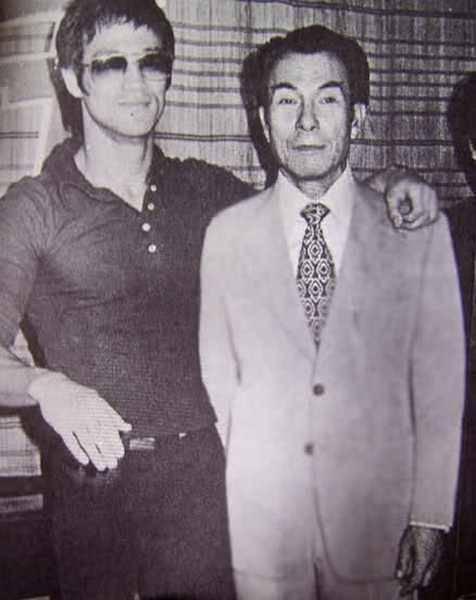 Bruce Lee (8)