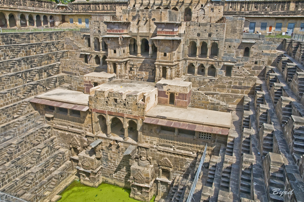 chand-baori-stepwell-india (1)