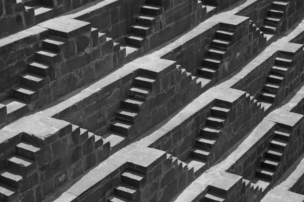 chand-baori-stepwell-india (3)