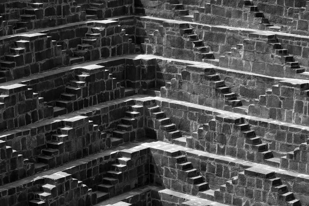 chand-baori-stepwell-india (4)