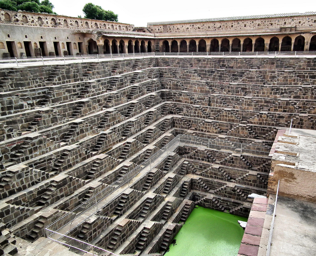 chand-baori-stepwell-india (5)