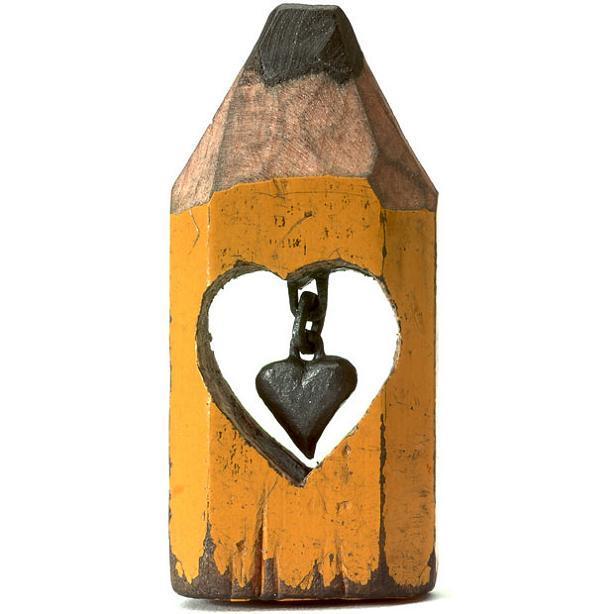 ハンガリーのアーティストによる複雑な彫刻が施された鉛筆がすごい (16)
