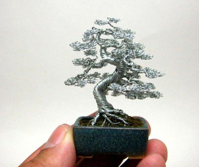 ワイヤー彫刻で作るミニチュア盆栽がすごい! (6)