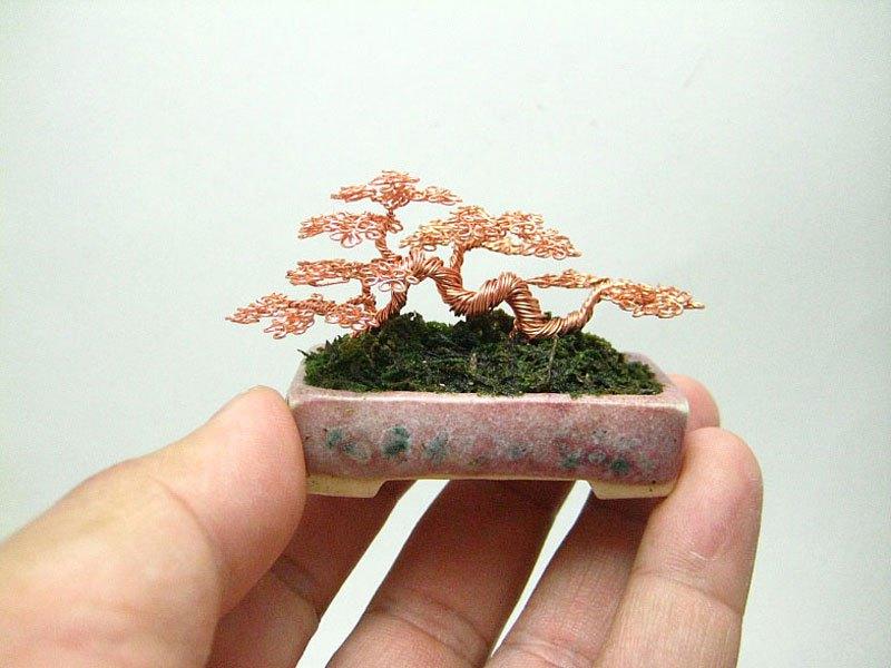 ワイヤー彫刻で作るミニチュア盆栽がすごい! (7)
