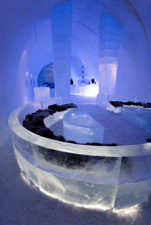 世界最大の氷と雪のアイスホテル (12)