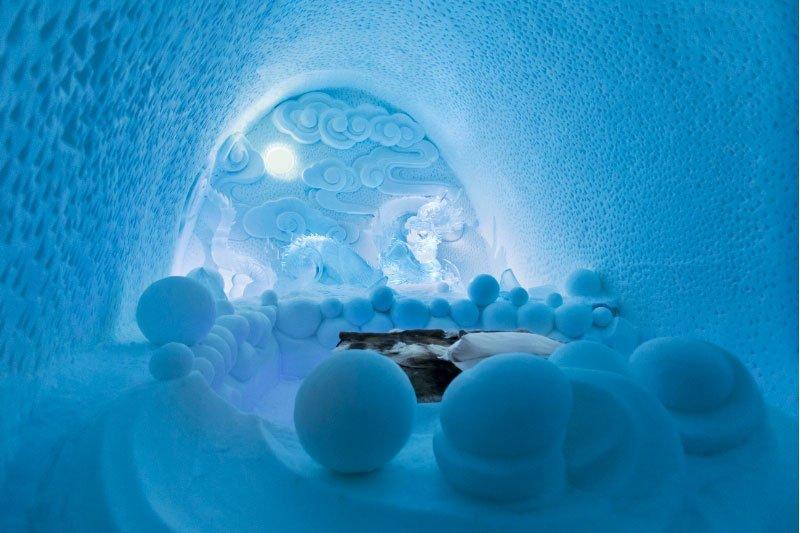 世界最大の氷と雪のアイスホテル (14)
