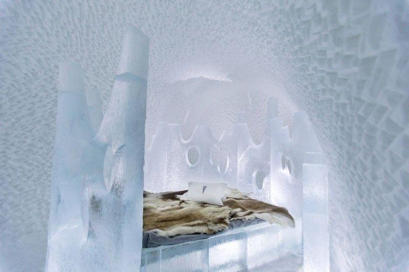 世界最大の氷と雪のアイスホテル (17)