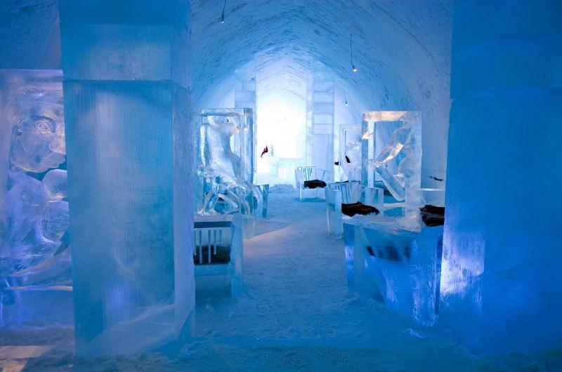 世界最大の氷と雪のアイスホテル (18)