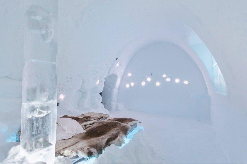 世界最大の氷と雪のアイスホテル (21)