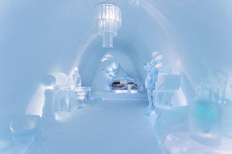 世界最大の氷と雪のアイスホテル (3)