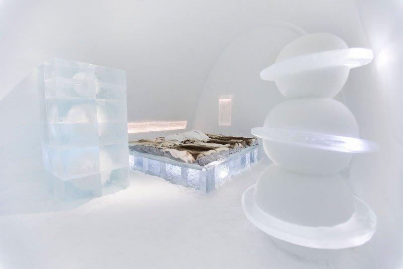 世界最大の氷と雪のアイスホテル (4)