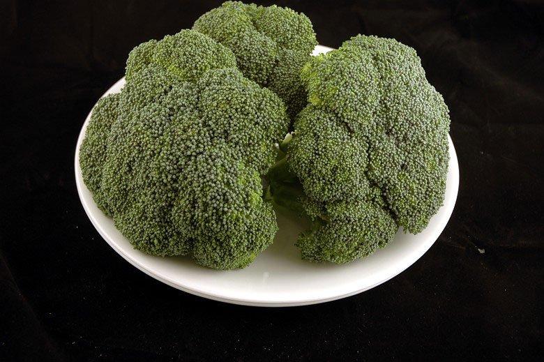各種食品の200カロリーはどのように見えるか (2)