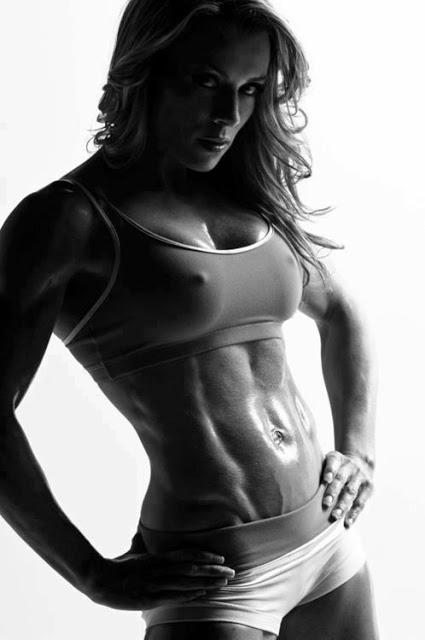 クロスフィットの女性の健康的で美しい身体! (2)