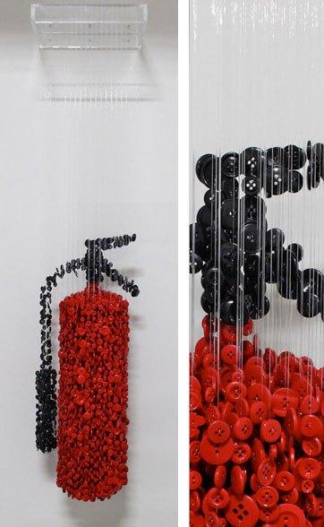 ミシンボタンから作られた吊り彫刻がすごい (10)